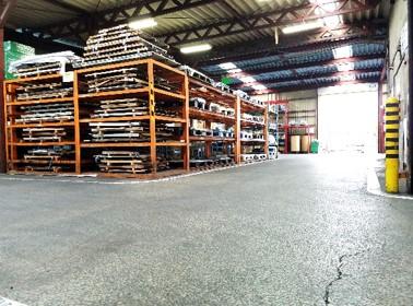 量産対応可能な広い工場