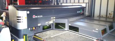 高品位・高速の板金加工を実現するファイバーレーザー複合機