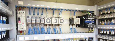 2000×2000mm までの高電圧・大型 配電盤 電気組付に対応