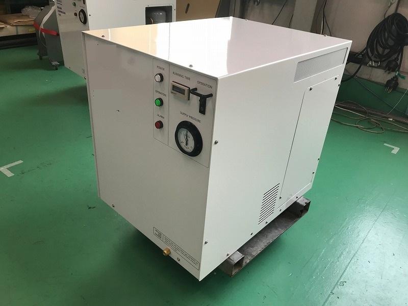 クライオポンプ用コンプレッサーユニット(大型)